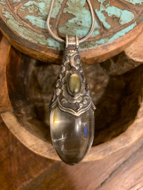 Crystal and Labradorite Pendant - Floating Lotus