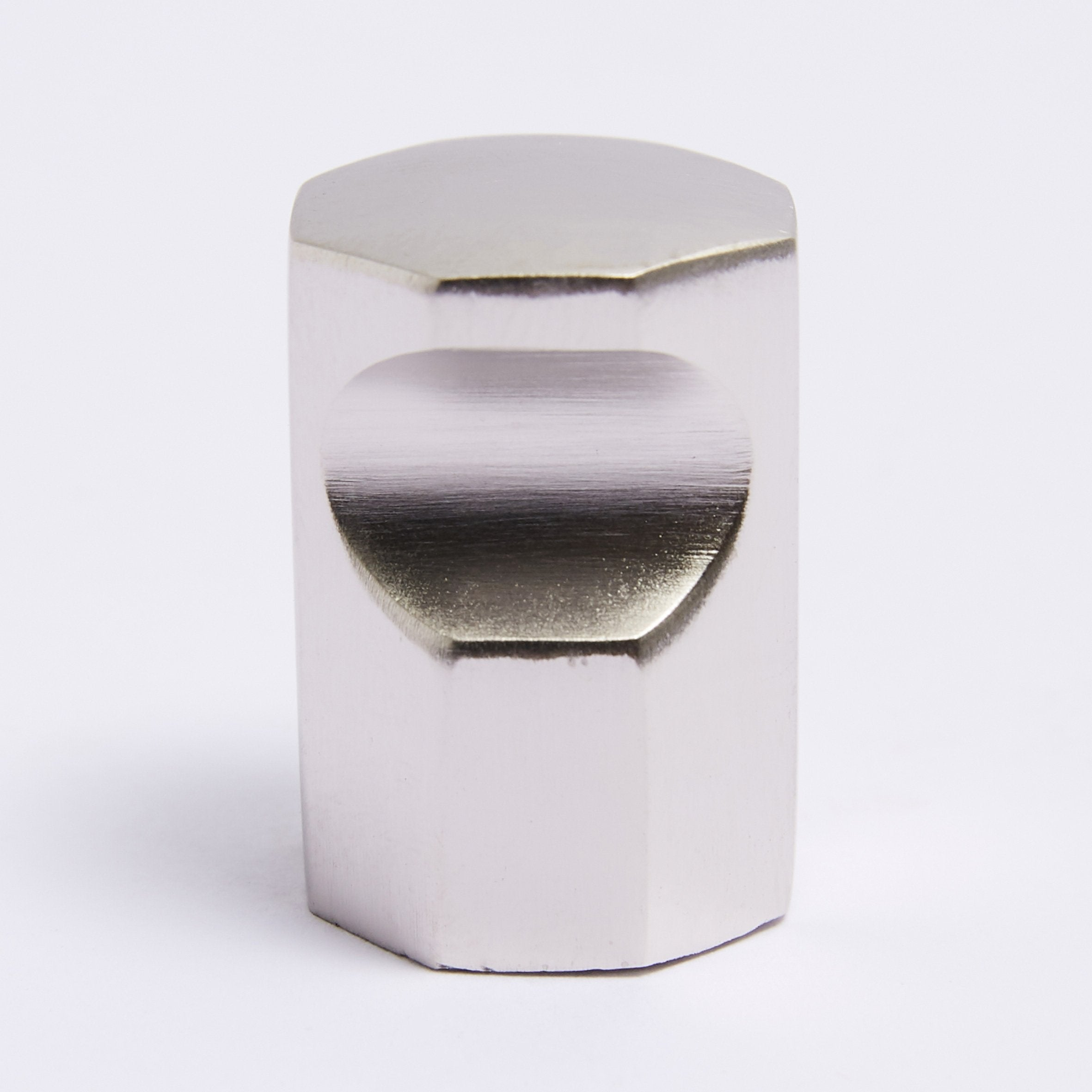 Henley Knob - Satin Nickel Melbourne