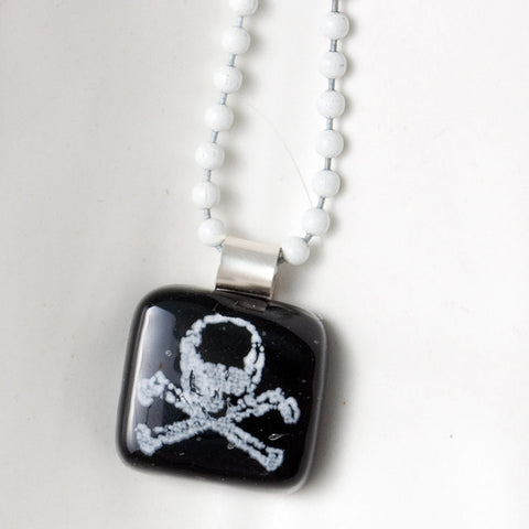 Skull and Crossbones Mini Necklace
