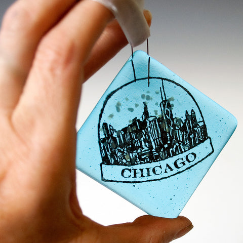 Chicago Snowglobe Ornament