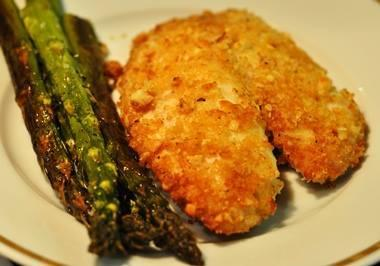 You've Got To Try This Recipe! Macadamia Nut Crusted Talapia