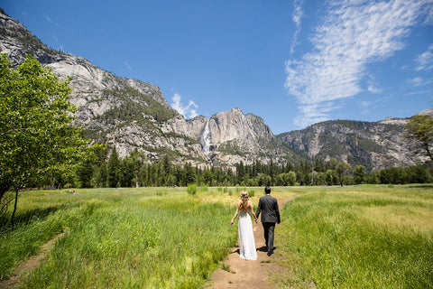 Yosemite wedding couple florals by Gorgeous and Green