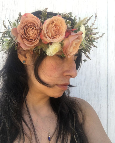 Caramel coffee colored rose head garland for the bride in Yosemite, by Gorgeous and Green.