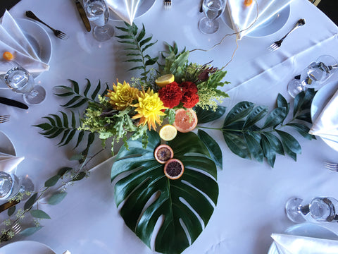Table designs with flowers. leaves and fruits.