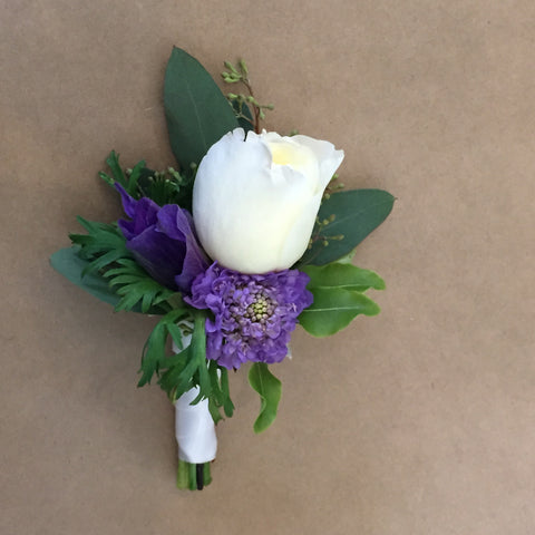 small boutonniere with garden rose and purple for SF City Hall Wedding by Gorgeous and Green