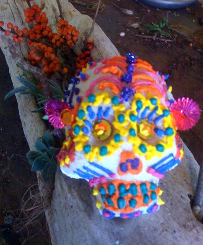 Sugar Skull decorating at Gorgeous and Green