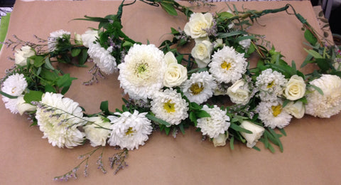 white bridesmaid flower crowns