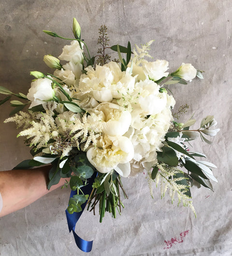 Natural & Rounded Bridal Bouquet