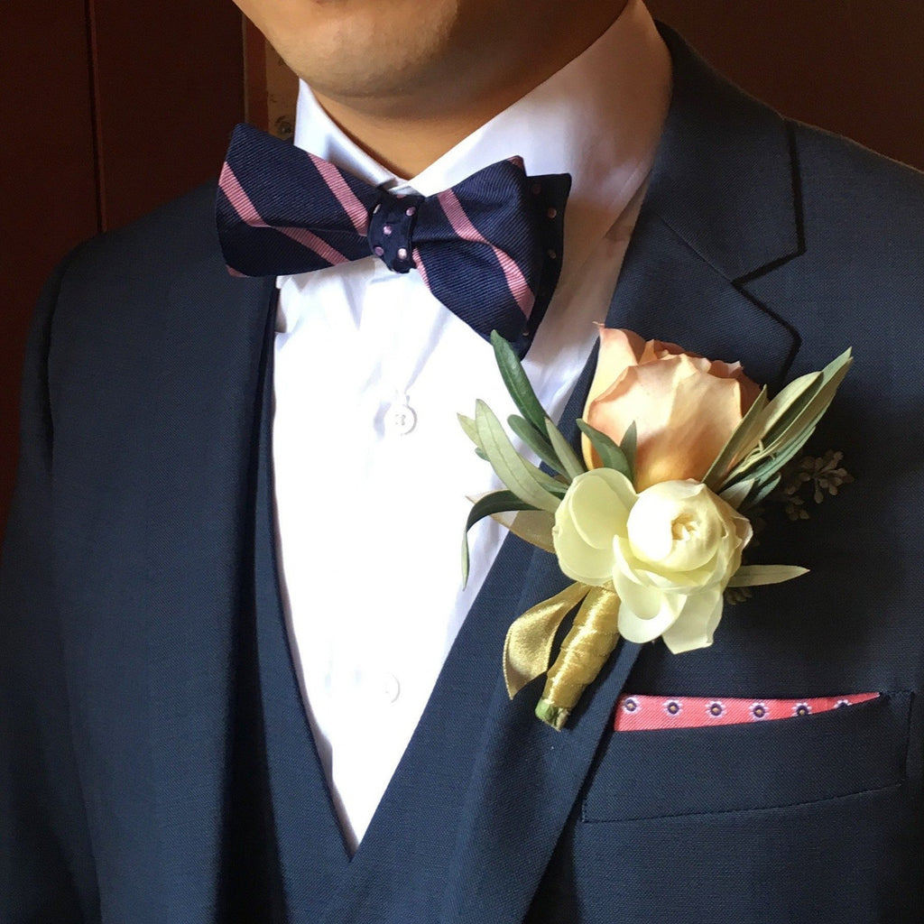 Boutonniere, small event order