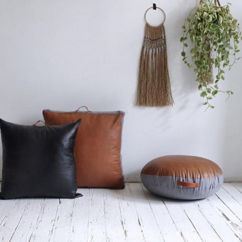 Amigos De Hoy Floor Cushion Round - Tan
