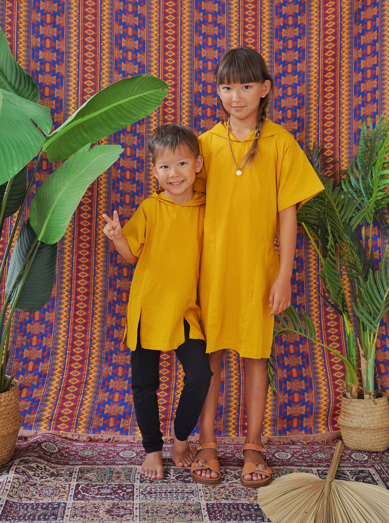resort kids fashion, kids fashion, resort wear, kaftan, tunic, caftan, daisy boo, daisy, mustard, hooded, oversize hood, unisex