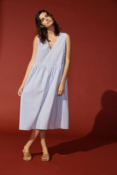 AIR LONG DRESS WHITE WITH THIN BLUE STRIPE