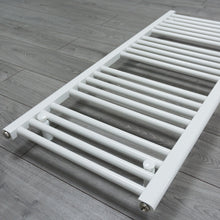 Load image into Gallery viewer, 600mm x 1100mm White Heated Towel Rail Radiator Close Up Image