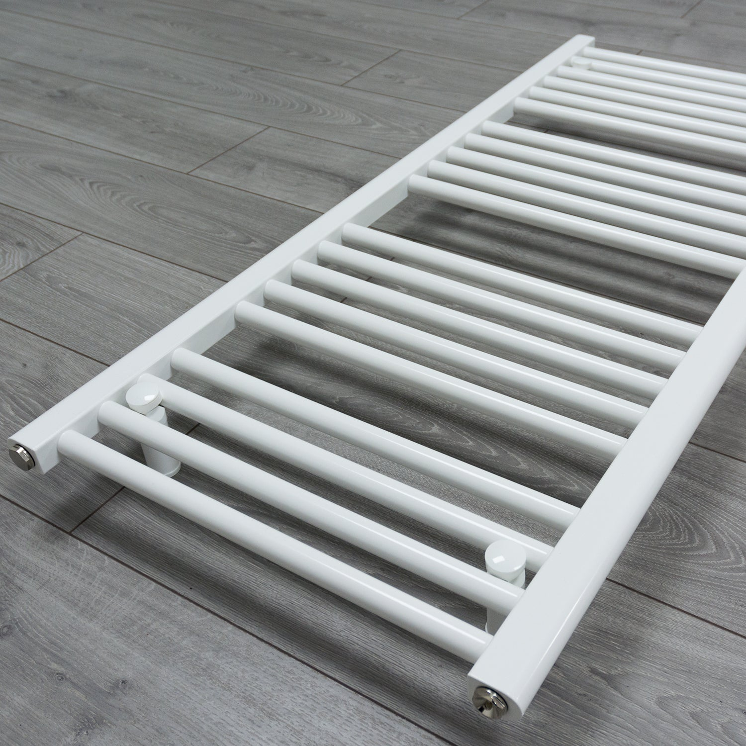 650mm x 1400mm White Heated Towel Rail Radiator Close Up Image