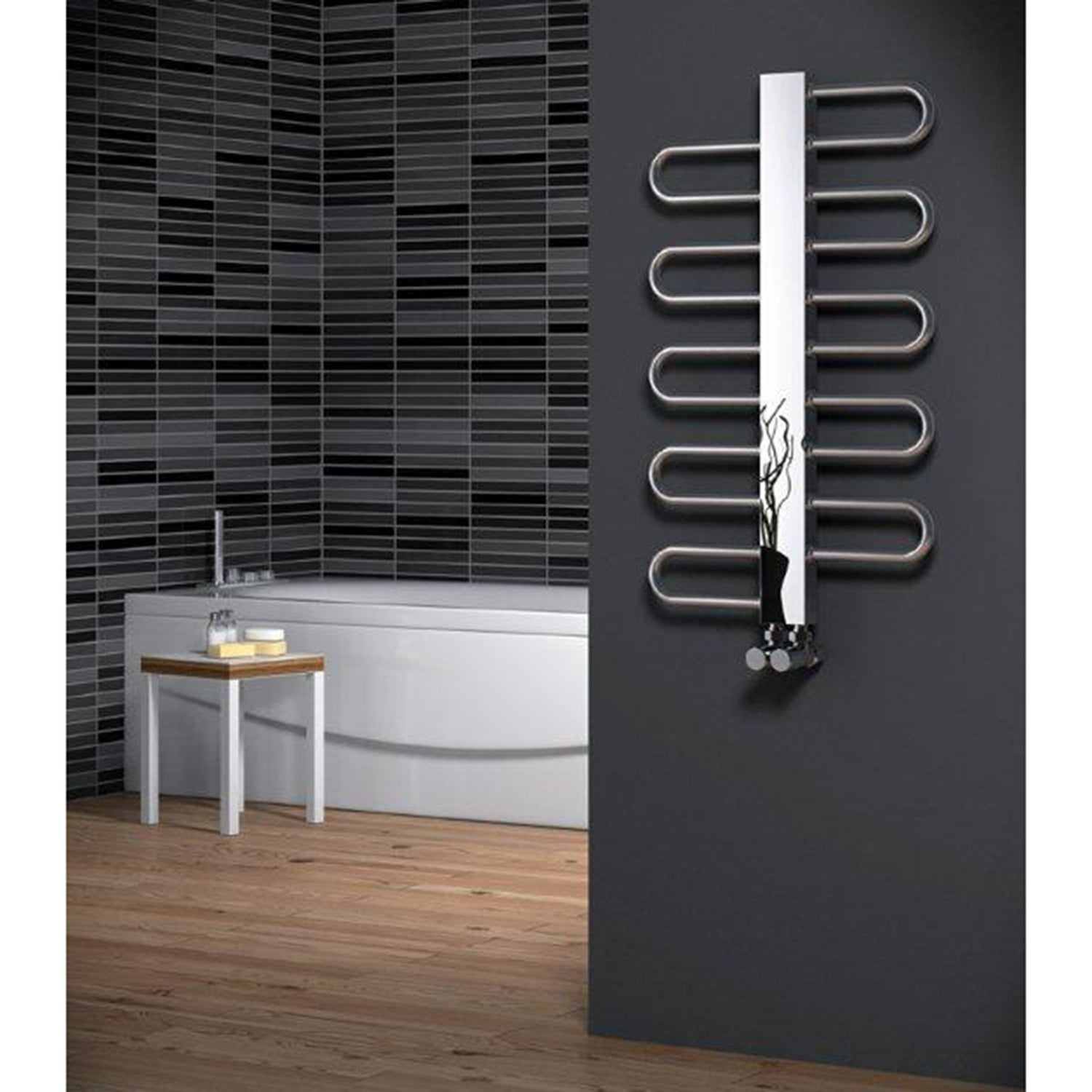 Reina Dynamic Designer Chrome Towel Rail Warmer