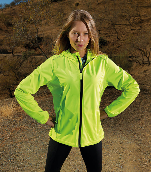 Women's ultra light TriDri layer softshell
