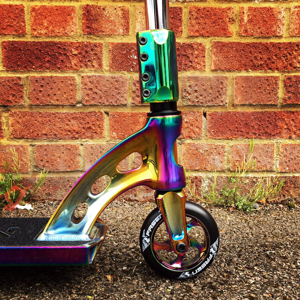MGP MFX Vicious Custom Scooter - Limited Edition Neo Chrome - Indigo Scooters - 3