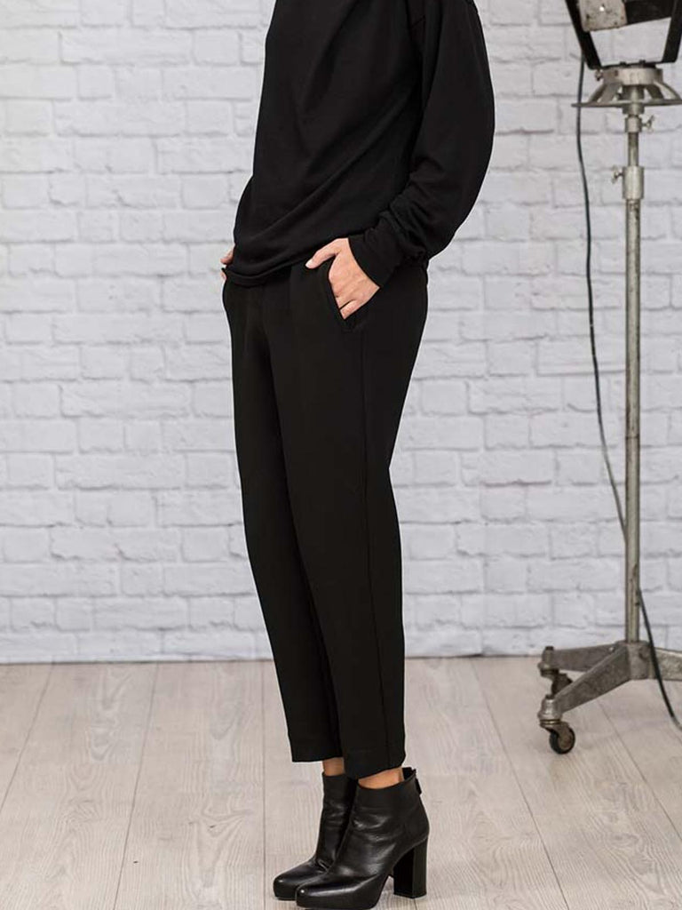 Ania Schierholt Stretchy Pegged Trousers [2163/69] Black