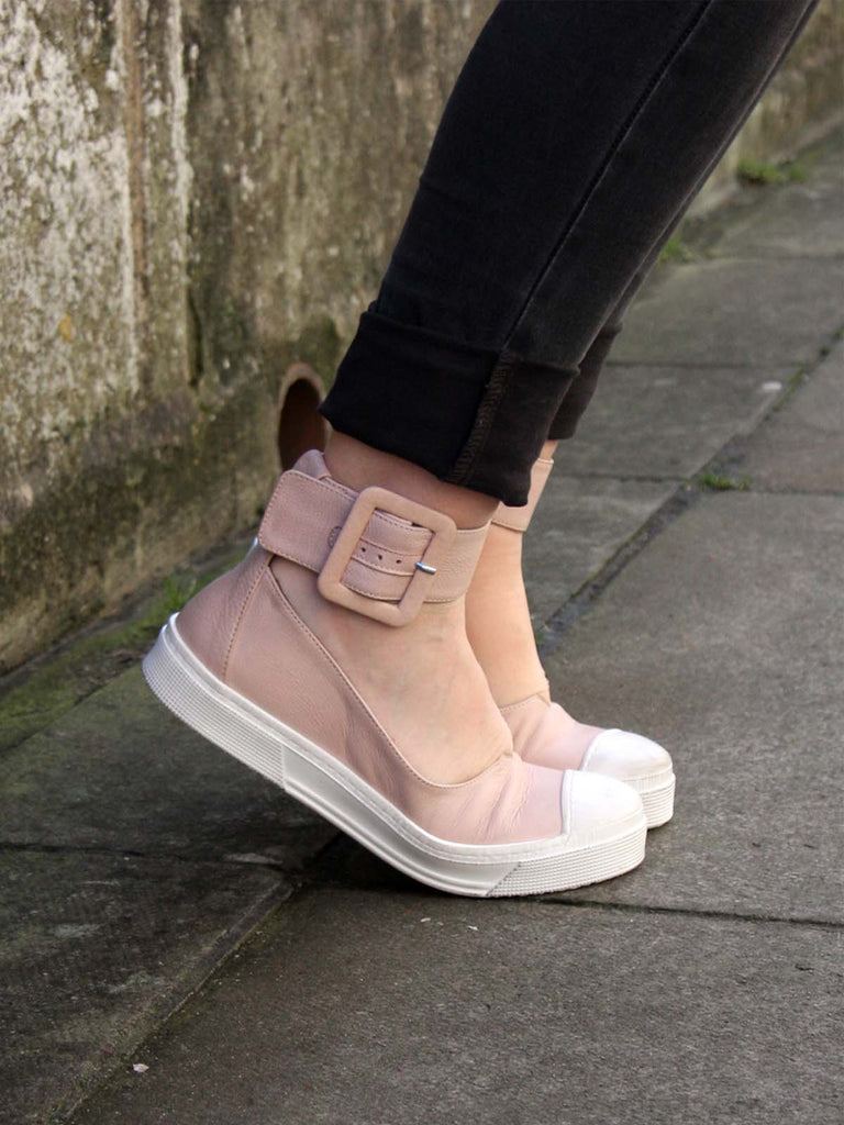 Lofina Ankle Strap Shoes with Buckle in Blush Pink