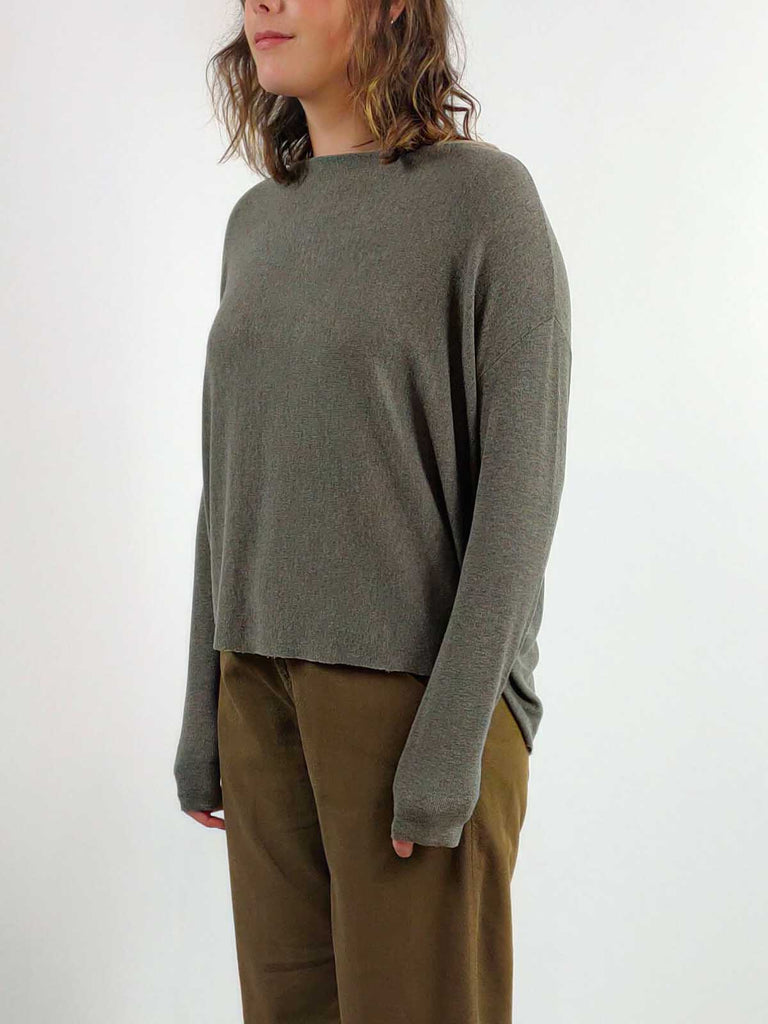 Transit Button Back Top [J190] Three Colours