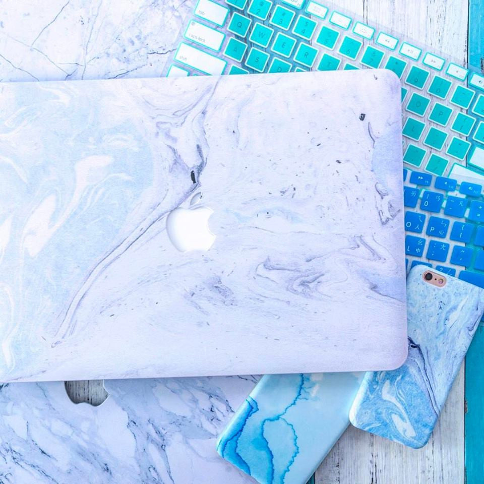 Blue Sands Marble MacBook Pro Case