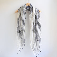 Bohemian Square Lace Scarf with Tassels - Bulan Design  - 14