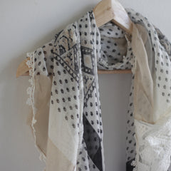 Bohemian Square Lace Scarf with Tassels - Bulan Design  - 12