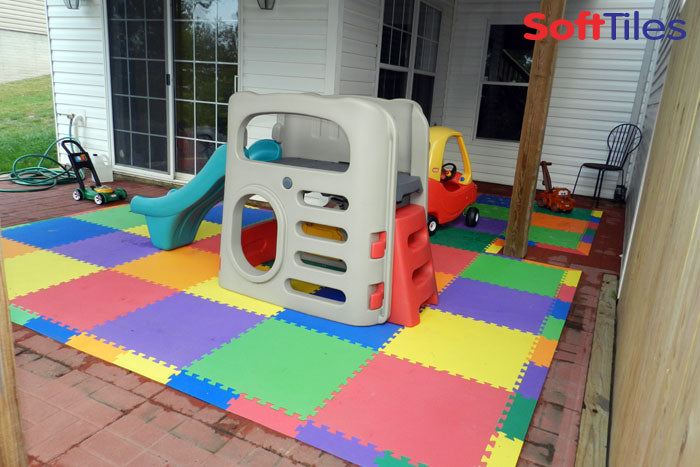 Cushioned SoftTIles Foam Mat for kids outdoor play area