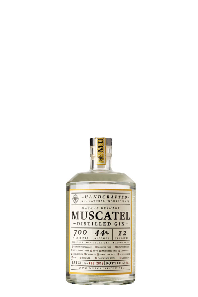 MUSCATEL DISTILLED GIN von A WITCH, A DRAGON & ME Serious Spirits, Gin