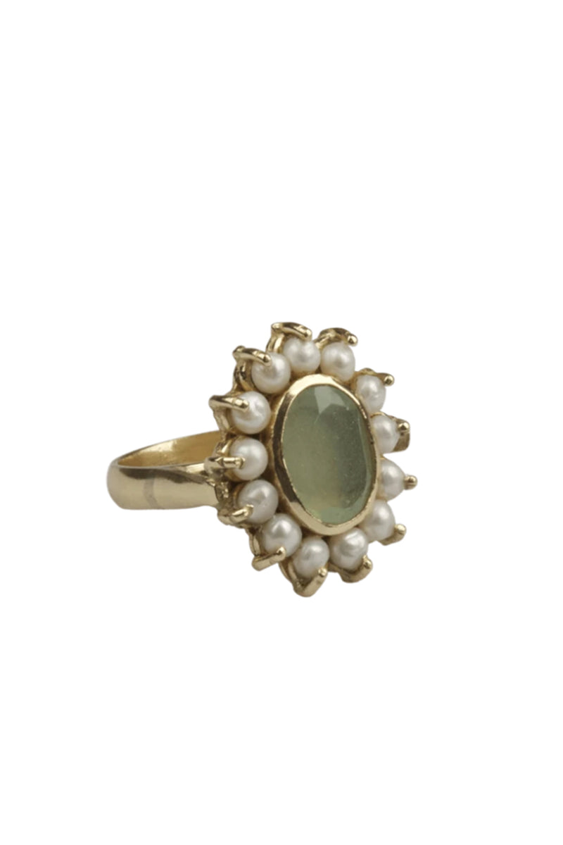 Fresh Water Pearl Ring - Jade Stone