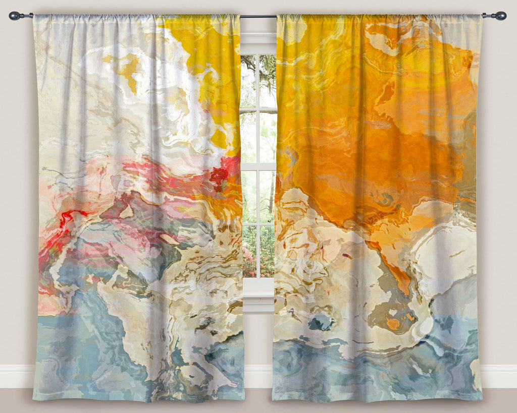 Window Curtains, The Kiss