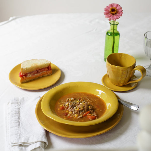 Full Dinnerware Set