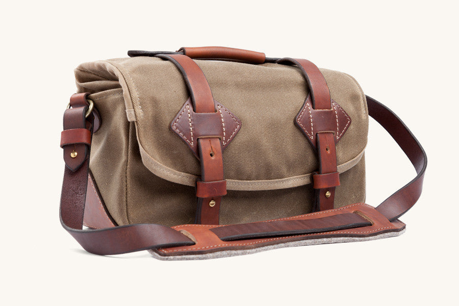 Tanner Goods Field Camera Bag in Waxed Field Tan
