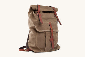 Tanner Goods Wilderness Rucksack in Waxed Field tan