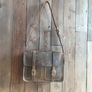 Howl and Hide Forester Bag in Umber
