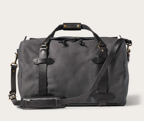 Filson Medium Duffle Bag in Cinder