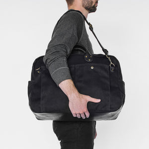 Winter Session Weekender Bag in Black