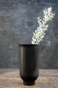 Cyclades black - Handmade ceramic vase for bouquets between 15 and 25 euros