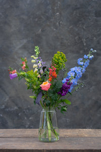 Flowery Fridays - €25 weekly flower delivery service including vase