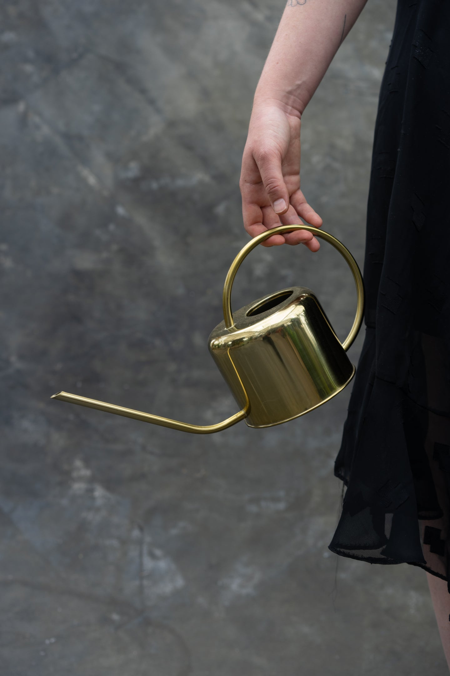 Gold watering can - maintain your plants in style!