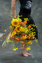 Load image into Gallery viewer, Sunshine in a vase - happiness in 3 sizes. Starting from;