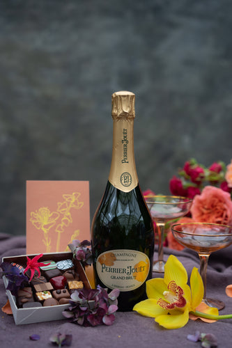 Champagne Days gift set - transform any occasion into a celebration!