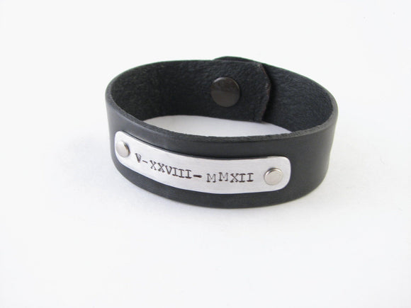 Roman Numerals Leather Bracelet, Hand stamped Leather Bracelet, Riveted Hammered Jewelry 7.5