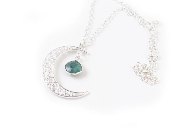 Emerald Silver Filigree Moon Necklace - Jewelrylized