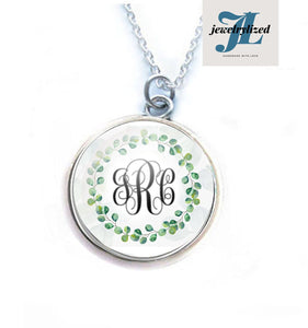 Green Leaf Wreath Monogram Necklace - Jewelrylized.com