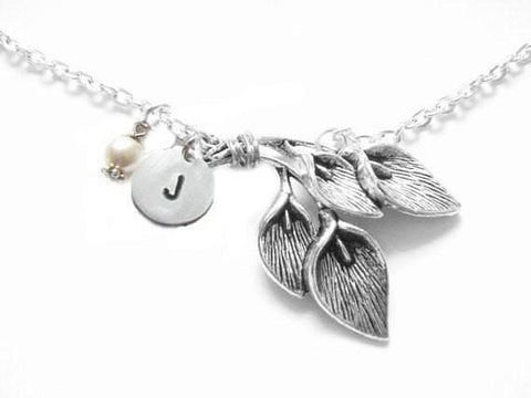Calla Lily Initial Necklace - Jewelrylized  - 1