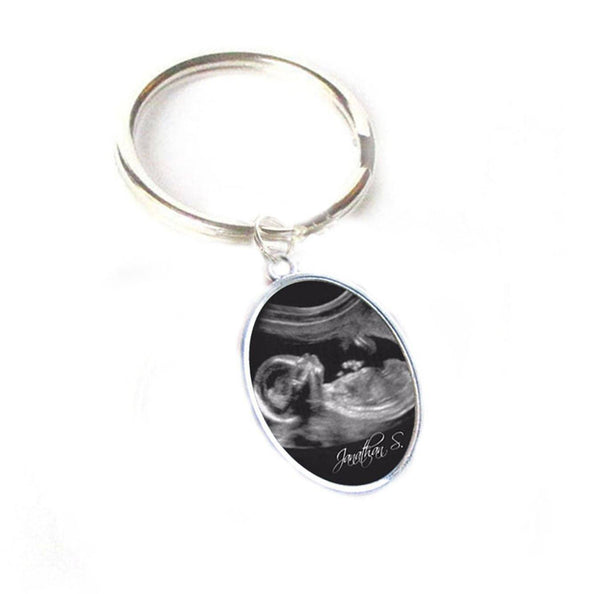 Oval Silver Sonogram Baby Keychain, Pregnancy Gift, birth announcement, Gift for New Mother Father - Jewelrylized