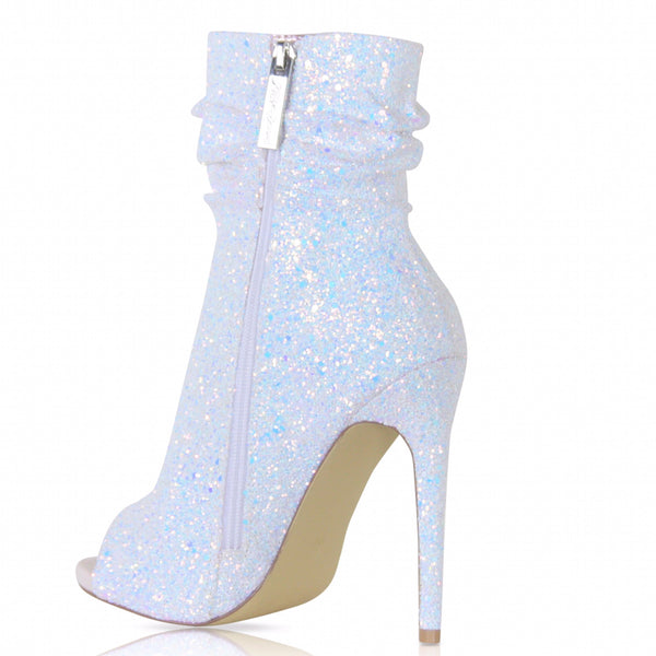 Icey Spotlight By Nelly Bernal - Obsessive Shoe Addict