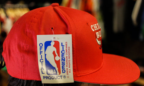 Chicago Bulls Vintage Snap Back Hat Red NWT Deadstock