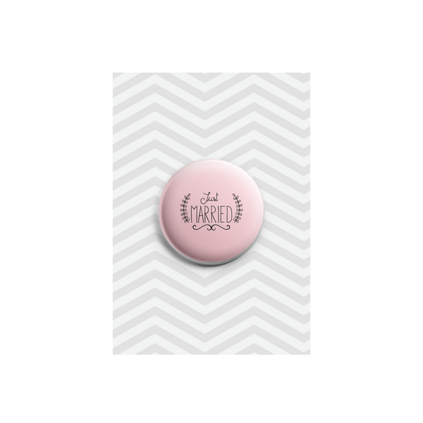 Just Married Button Badge 38mm